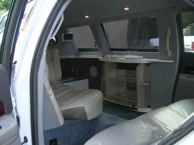 limuzyna na wynajem lincoln